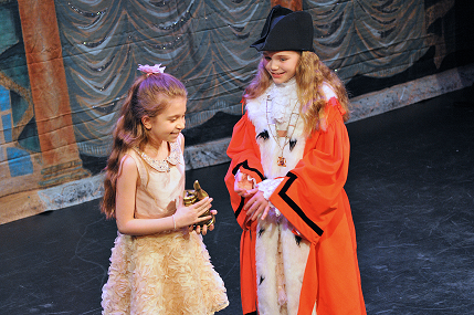 Evie receiving award